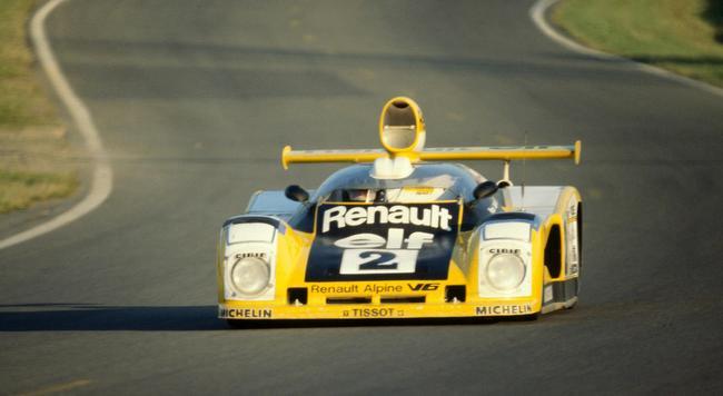Renault587915-1